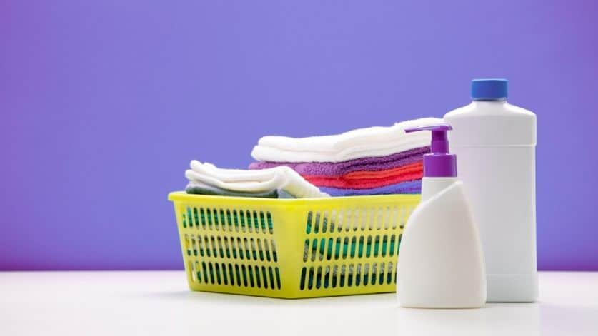 5 Simple Tips To Make Cleaning Easier For The Busy Mom